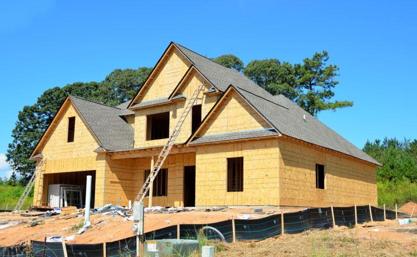 Właściwie z obowiązującymi regułami świeżo wznoszone domy muszą być ekonomiczne.